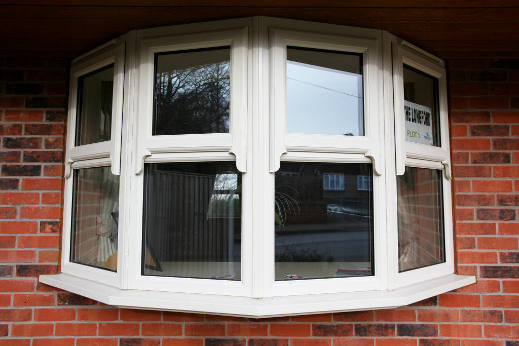 Upvc bow and bay windows peterborough bay window prices for Upvc window designs